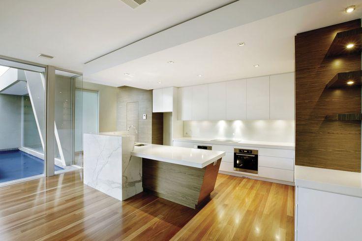 Canterbury 1 | marble & timber