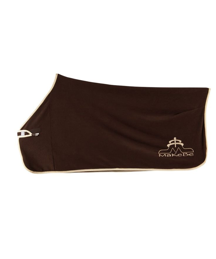 Fleece blanket made entirely in Italy. Designed for ease of use and to ensure maximum protection of the horse. Makebe, Made in Italy
