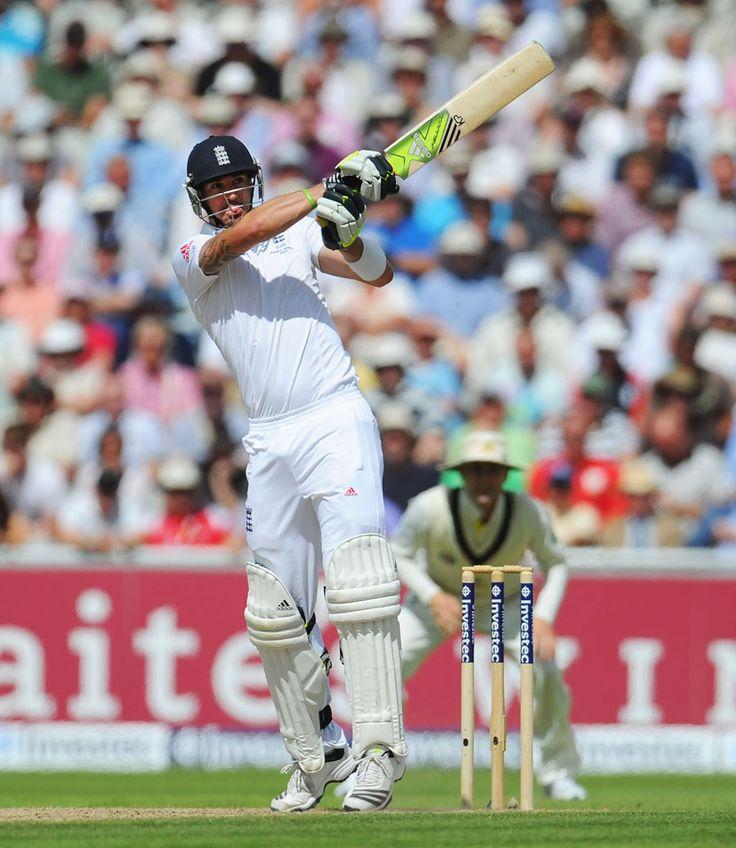 Kevin Pietersen pulls one through midwicket