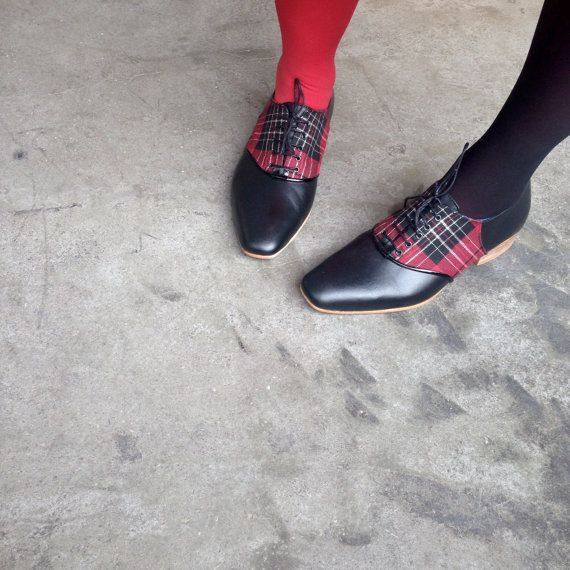 Womens Oxford Shoes - Womens Shoes - Flat Shoes - Canvas and Leather Shoes - Saddle leather plaid red - bordeaux - black canvas