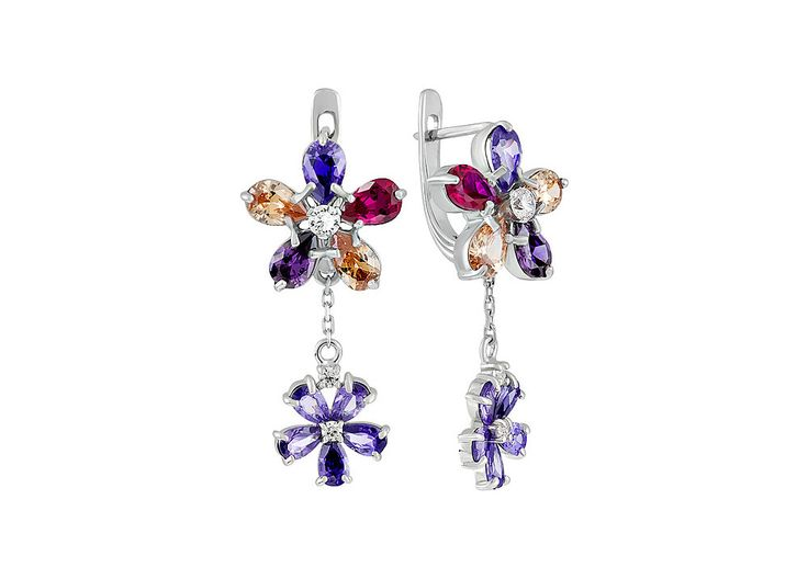 Новинка! Восхитительные серебряные серьги с фианитом в виде цветов. Посмотреть: http://www.magicgold.ru/catalog/earrings-silver-fianit/sergi-s-fianitom-134384/