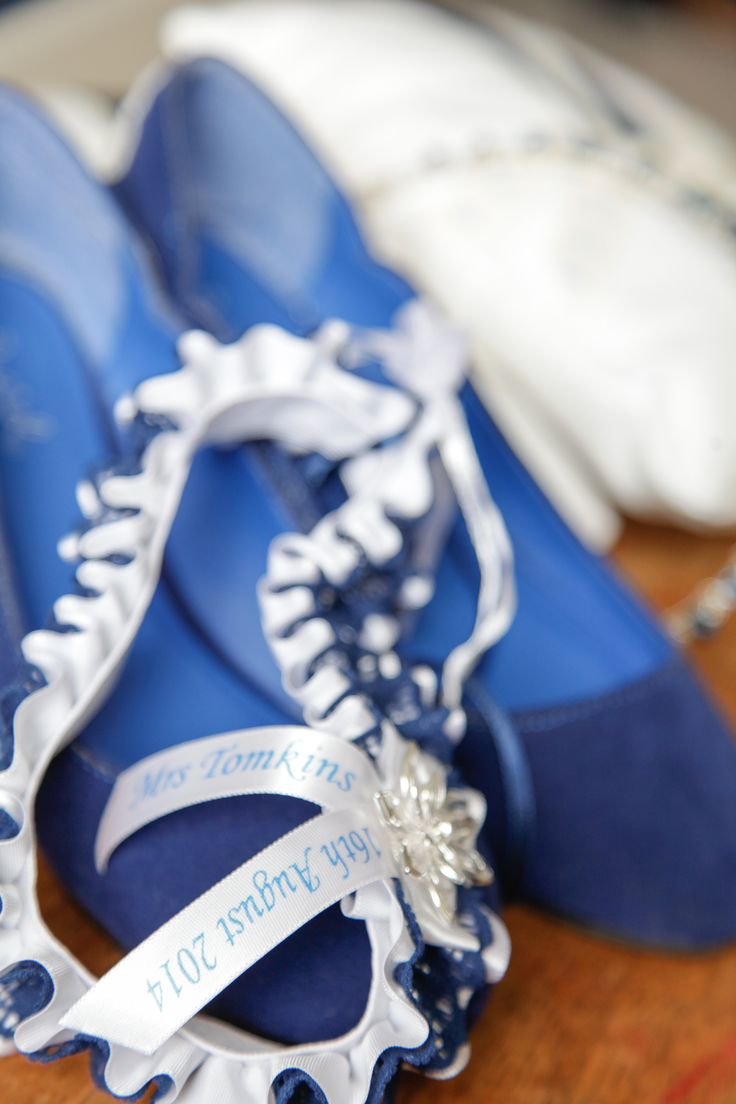 Garter and shoes  16/08/2014
