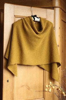 Easy Folded Poncho Project - Isager Version