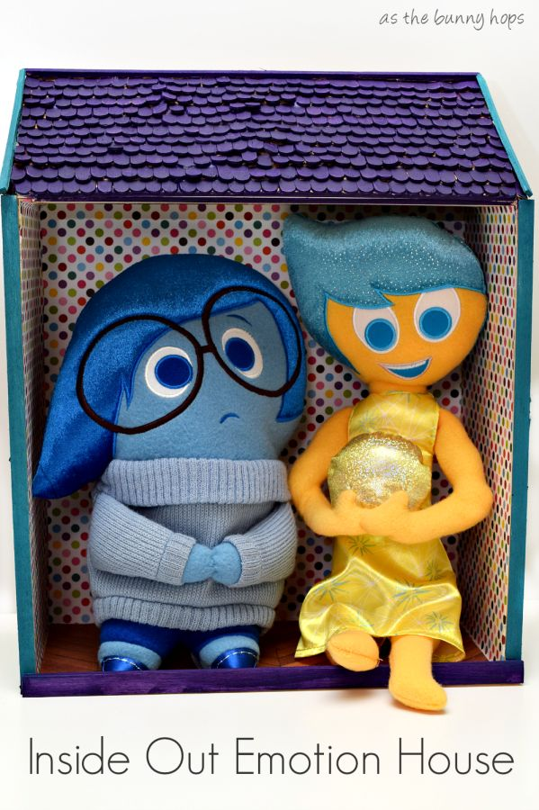 Talk emotions with your little ones by using this Inside Out Emotion House and plush toys. They can place the emotion they're feeling the most inside the house! #InsideOutEmotions ad