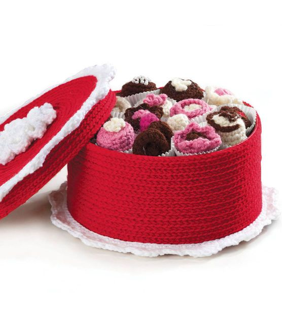 59 Best Crochet Cake Boxes Images On Pinterest Crochet Cake
