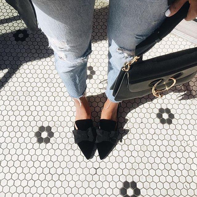 @sincerelyjules: 'Keepin it simple. ' #Repost ⠀⠀⠀⠀⠀⠀⠀⠀⠀⠀⠀⠀⠀⠀⠀⠀⠀⠀⠀⠀⠀⠀⠀⠀⠀⠀⠀⠀⠀⠀⠀⠀ #streetstyle #streetshot #streetchic #streetlook #streetfashion #styleinspo #bloggerstyle #bloggerlife #bloggerslife #bloggerfashion #fashionbag #fashionista #fashionblogger #fashionblog #fashiongirl #fashionstyle #fashionlover #fashionbloggers #fashionaddict #baglover #styleicon #bikinigirl  #ootdshare #dressed #bagoftheday #ootdinspo #fitsporation #styled #styleaddict