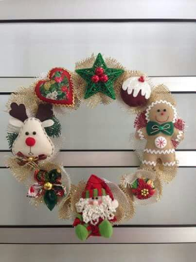 I've pinned so many ornament ideas.  I could make a wreath of them