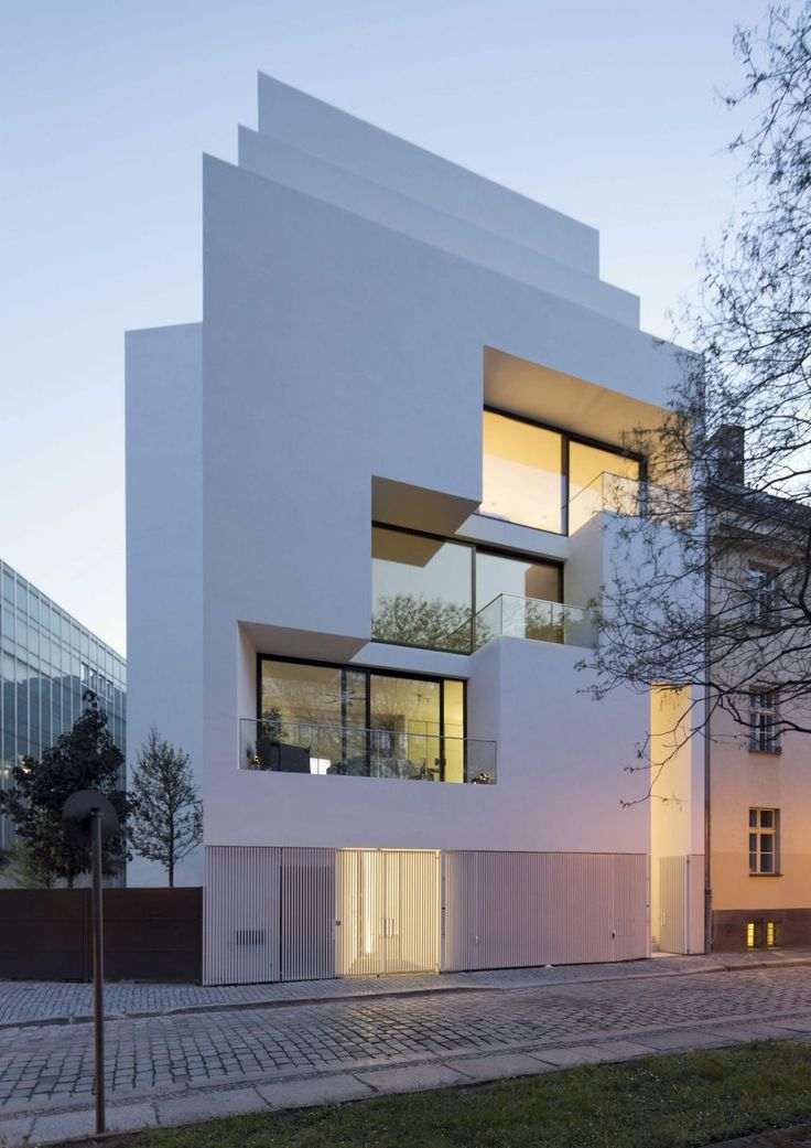 Atelier Zafari.Architecture   HOUSING AT THE OLD CITY WALL BERLIN