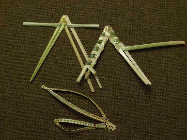 плетение из соломы.  Листик из 3 соломин