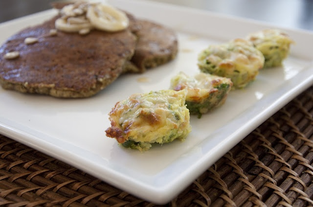 Zucchini Tots! And Banana Oat Cakes - MOThers Day!: Banana Oats, Zucchini Tots, Food, Zuchinni Tots, Healthy Eating, Healthy Attempt, Eating Clean, Bananas Oats Pancakes, Banana Oat Pancakes