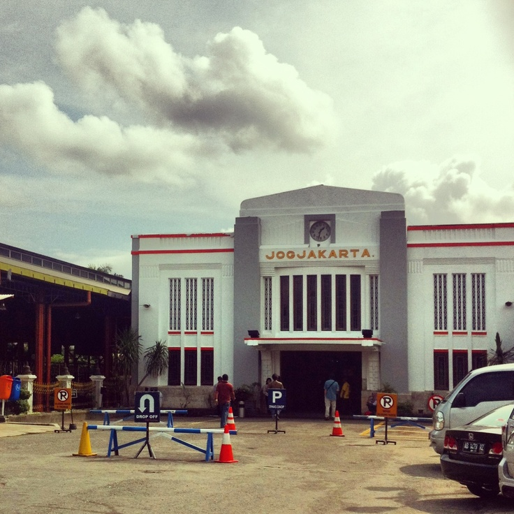 Tugu's train station - Jogjakarta