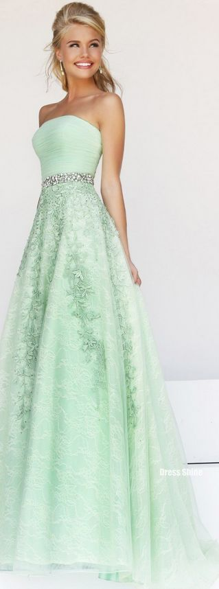 17 best ideas about Green Prom Dresses on Pinterest | Dark green ...