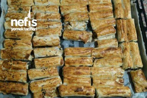 Nişastalı, Sirkeli, Hazır Yufkadan Ispanaklı Çıtır Börek Tarifi