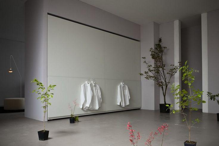 Usile glisante Plano reprezinta solutia perfecta pentru dressingul din livingul dumneavoastra