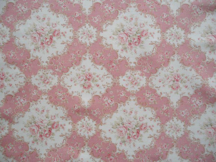 """Fat Quarter di Quilt Gate Maria rosa tessuto Shabby vittoriano bella in rosa. Circa 18 """"x 22"""" Made in Japan. di SpringPromenade su Etsy https://www.etsy.com/it/listing/178790076/fat-quarter-di-quilt-gate-maria-rosa"""