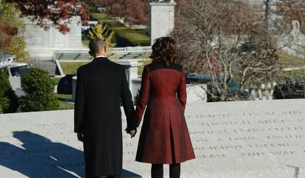 President Barack Obama and First Lady Michelle at JFK Tomb