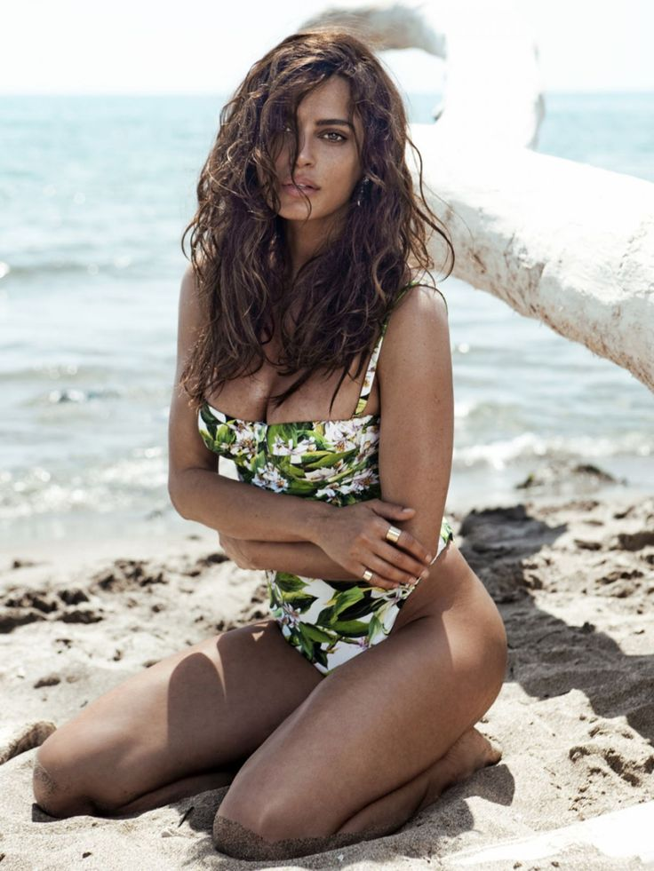 catrinel-menghia-in-swimsuit-for-the-one-magazine-june-2014-issue