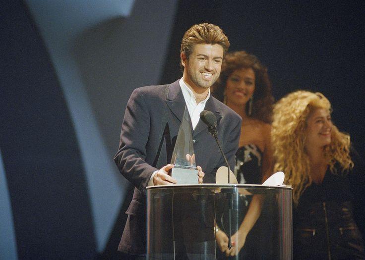 George Michael a reçu trois American Music Awards au cours de sa carrière. Il donne ici son discours de remerciement pour l'un d'entre eux, en 1989.