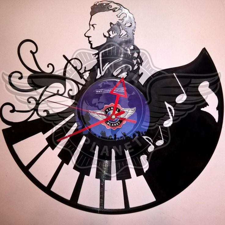 VINYL PLANET Wall Clock WOLFGANG AMADEUS MOZART Home Record Unique Decor upcycle