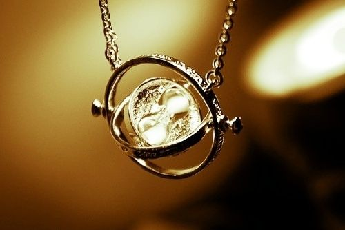 very unique: The Real, Time Turner, The Hour, Christmas, Harry Potter Jewelry, Naps Time, Hermione Granger, Necklaces, Timeturner