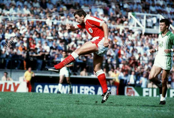 Austria 2 Algeria 0 in 1982 in Oviedo. Hans Krankl smashes one home on 67 minutes to make it 2-0 in Group 2 at the World Cup Finals.