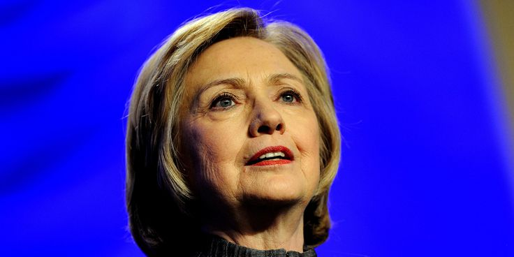 """CBS News Gets Its Hands On Hillary Clinton's Memoirs    CBS News has obtained an early copy of Hillary Clinton's eagerly anticipated new memoir.Chris Licht, the executive producer of """"CBS This Morning,"""" tweeted on Thursday that his show had gotte   http://www.huffingtonpost.com/2014/06/05/cbs-news-hillary-clinton-book_n_5455159.html"""