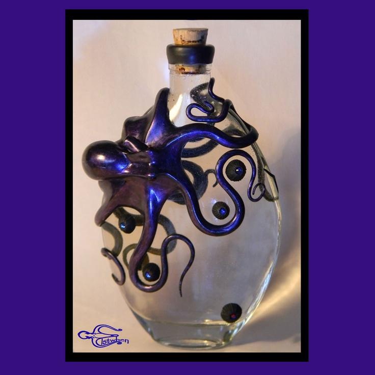imagen de tortuga con botella plastica -