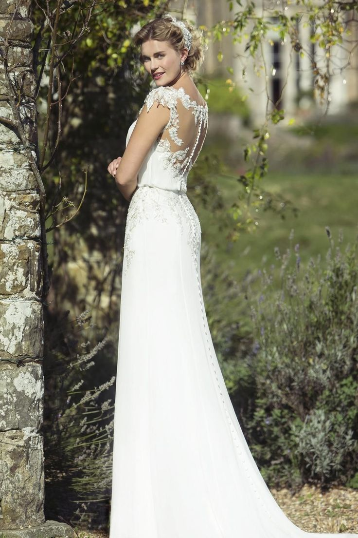 Vintage pearl bridal blog real brides news amp updates wedding - Contemporary Wedding Dresses And Vintage Inspired Bridal Gowns W207 True Bride