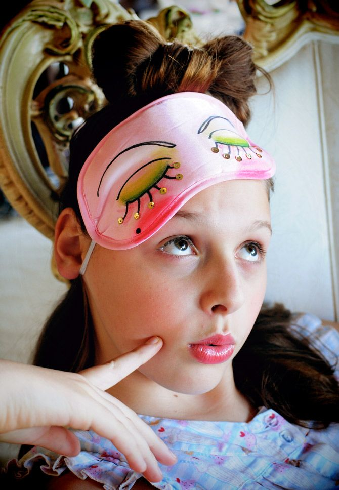 diy eye mask. slumber party fun