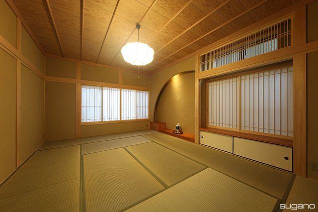 床の間は円形に塗りまわす「洞床」。#和風建築 #和風住宅 #住宅 #和室 #洞床 #床の間 #円形の壁 #家づくり # #新築 #設計事務所 #菅野企画設計