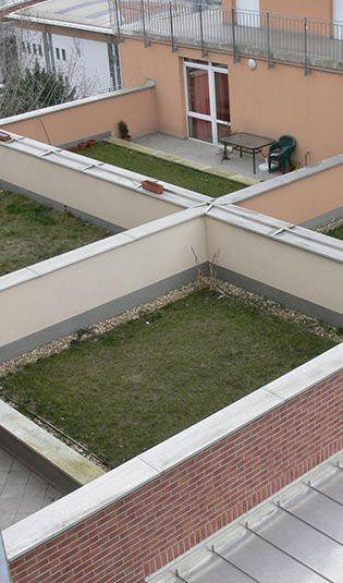 A hasznosított, járható tetőfelületek vízszigetelésének fejújítása nem csak vízszigetelési feladatokat jelent.   http://www.artproof.hu/artproof-i-szolgaltatasaink.html