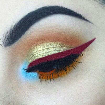 Stunning eyeliner #Luxurydotcom