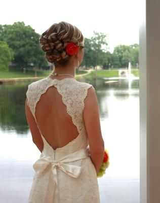 Love the lace and keyhole back on this one!