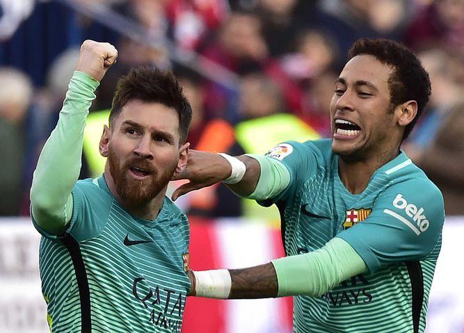 ] BARCELONA * 26 de febrero de 2017. El FC Barcelona venció este domingo 2-1 al Atlético de Madrid (4º), en la 26ª jornada de la Liga, y alcanzó de forma provisional el liderato. El brasileño Rafinha adelantó a los 'culés' (min 63) tras un un disparo de Neymar que rebotó en un defensa y …