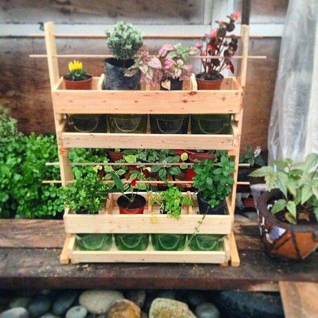 #jardinera #woodwork #wood #plantas #diseño #pallet #reciclaje #madera nuevo diseño de jardinera con sistema de auto riego un excelente regalo del día de la madre de thelittleyisus