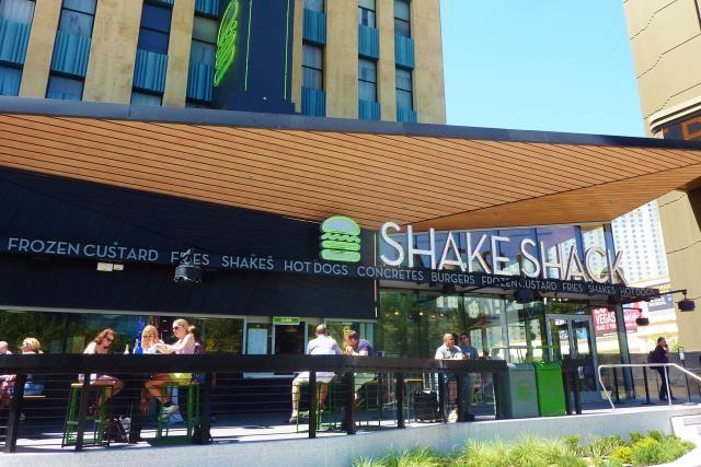 30 Must Do Las Vegas Restaurants: Shake Shack @ New York New York
