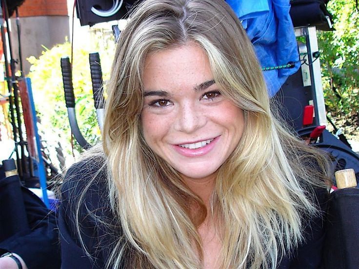 Ellen  Muth of Dead Like Me