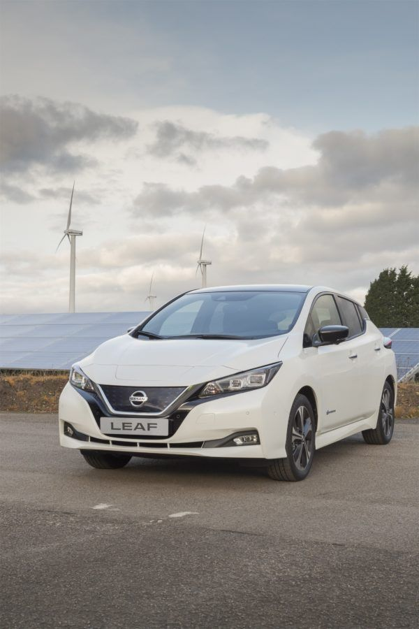The first 2018 Nissan LEAFs for Europe are now rolling off the line at Nissan's plant in Sunderland, UK. Customers will start receiving their 2018 Nissan LEAFs in February. The new Nissan LEAF offers longer journeys without recharging. The improved range of 235 miles (NEDC) on a single charge is more than double the range that the Leaf provided before (real-world range is more like 150 miles).
