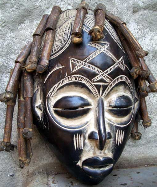 Masks are a very interesting topic. They can be used to mask our real physical faces for fun but can also been used to reveal our inner selves. In rituals, shamans or role players use masks to act …