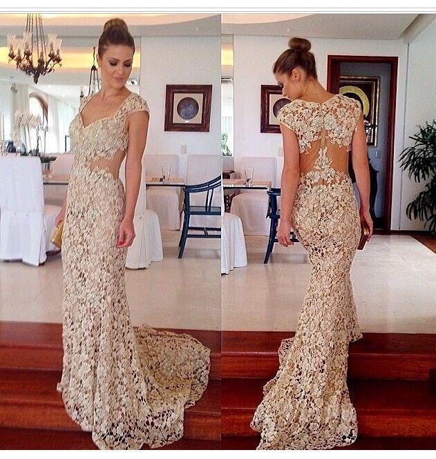 Vestido de renda longo maravilhoso