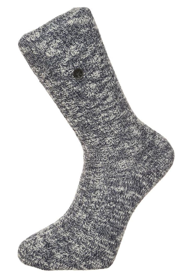 ¡Consigue este tipo de calcetines básicos de Birkenstock ahora! Haz clic para ver los detalles. Envíos gratis a toda España. Birkenstock FASHION SLUB Calcetines blue/white: Birkenstock FASHION SLUB Calcetines blue/white Ropa     Material exterior: 94% algodón, 4% poliamida, 2% elastano   Ropa ¡Haz tu pedido   y disfruta de gastos de enví-o gratuitos! (calcetines básicos, socks, sock, basic, basico, basica, básico, basicos, casual, clasica, clasicas, clásicas, clásica, básicos, bá...