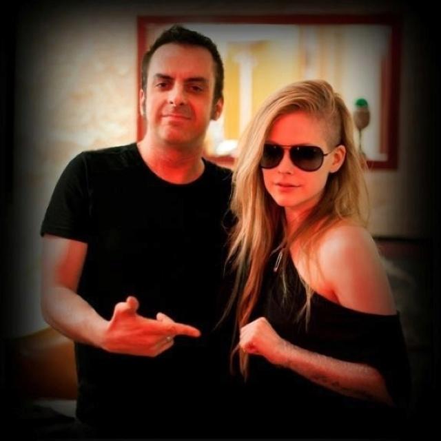 Avril Lavigne hair cut