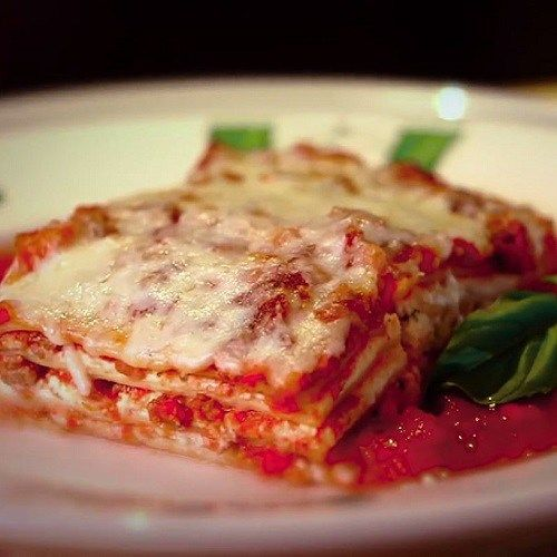 17 best ideas about olive garden lasagna on pinterest italian pasta recipes fried lasagna and for Olive garden lunch lasagna classico
