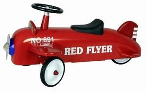 Marquant Vliegtuig 891AP Red, Retro Loopvliegtuig. Gebaseerd op de stijl van vliegtuigen van vroeger, is deze kinderreplica een prachtig exemplaar voor jong om zich heerlijk mee te vermaken. Een kind kan zich met dit vliegtuig heerlijk in de wolken wanen en zich een echte piloot voelen.