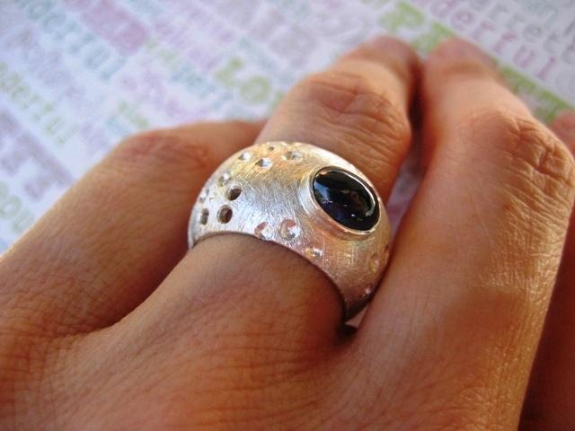 Prstan Marjana, srebro 925, modri safir