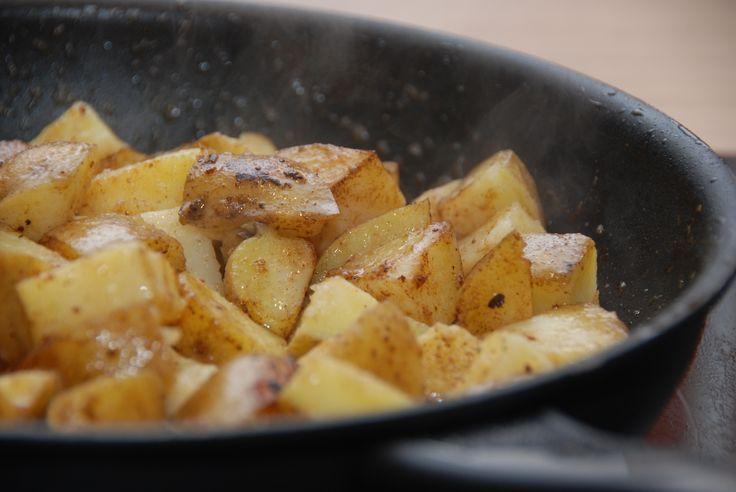 Sådan laver du de bedste brasede kartofler