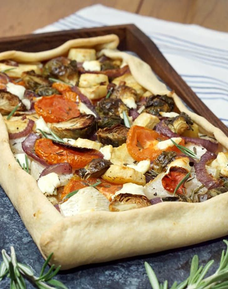 We love roasted root veggies, especially when they're covered in cheese and baked in dough.This winter vegetable tart provençale can be made in under an hour.