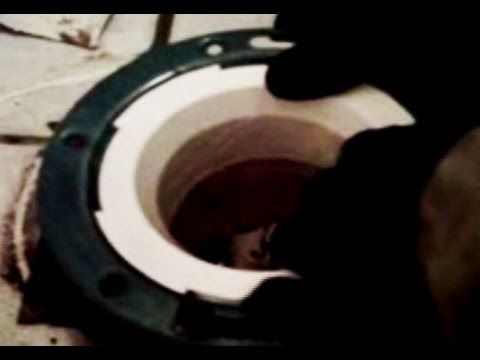 Toilet Flange PVC replacement Trick - YouTube