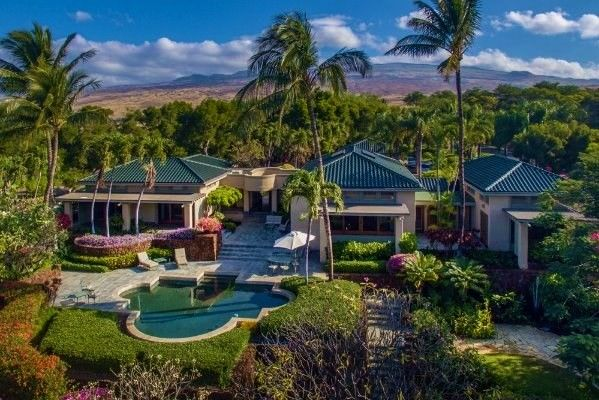 Villa Noelani- a true estate at Mauna Kea Resort unlike any other https://www.luxuryhomemagazine.com/hawaii/39357
