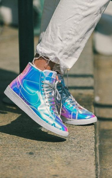 365 Days of Outfit Ideas to Steal Before New Years: The Perfect Combo of Iridescent Nike Blazers + White Boyfriend jeans.